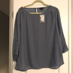 The Limited NWT Blue and White Blouse sz: XL